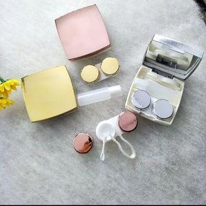 Accessories - Case